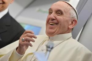 Papa Francesco rienta in Vaticano