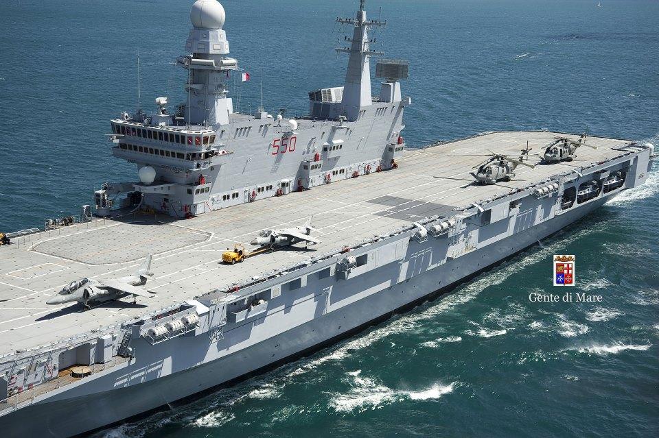La portaerei cavour incrocia nel mare d 39 abruzzo l 39 eco - Cavour portaerei ...