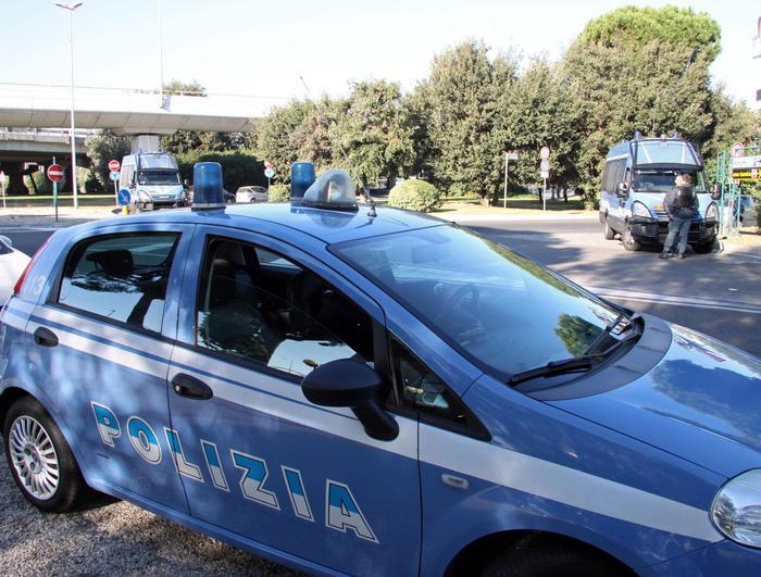 Molise: due agrigentini arrestati per traffico di armi e droga