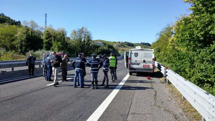 Rapina al portavalori, traffico bloccato tra i caselli di Pescara