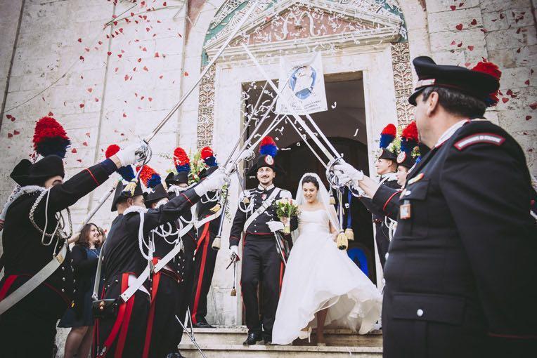 Matrimonio In Alta Uniforme Esercito : Matrimonio in alta uniforme nella chiesa di filignano