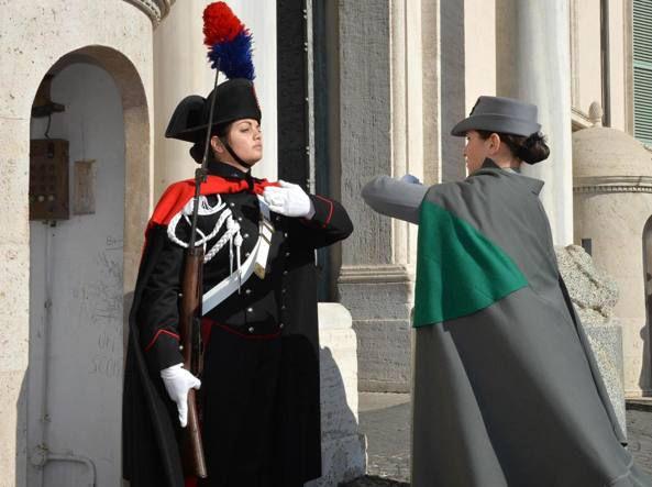 Pa: Renzi, più soldi per contratti
