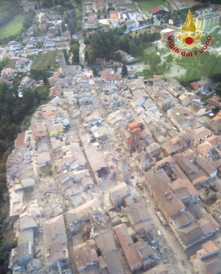Terremoto, da Prato partono 13 vigili del fuoco per il Lazio