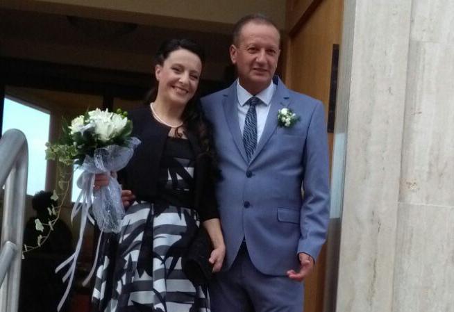 Auguri Matrimonio Amici Intimi : Nozze dargento per silvia e massimiliano auguri leco