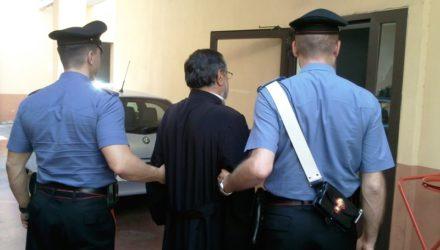 finto-prete-arresta
