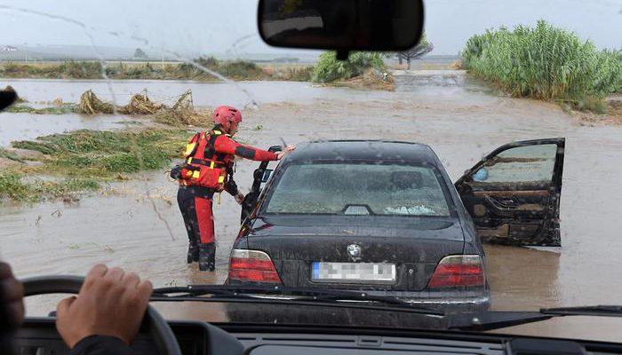 ++ Maltempo: Puglia; uomo morto annegato in auto ++