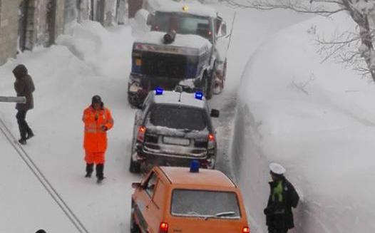 Emergenza neve, domani scuole chiuse: le ordinanze dai Comuni