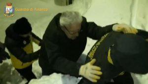 Hotel Rigopiano: due persone messe in salvo