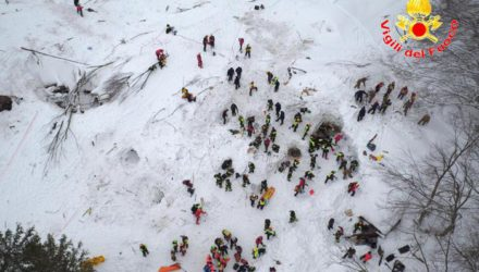 Rescuers continue to dig for survivors at Rigopiano Hotel