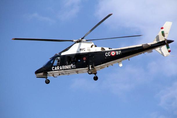 L Elicottero Arra Pdf : Caccia ai ladri nei boschi dell alto molise in azione
