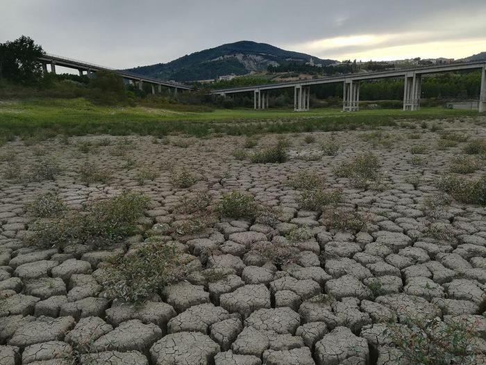 Crisi idrica anche in molise scatta il razionamento sa for Subito it molise attrezzature agricole