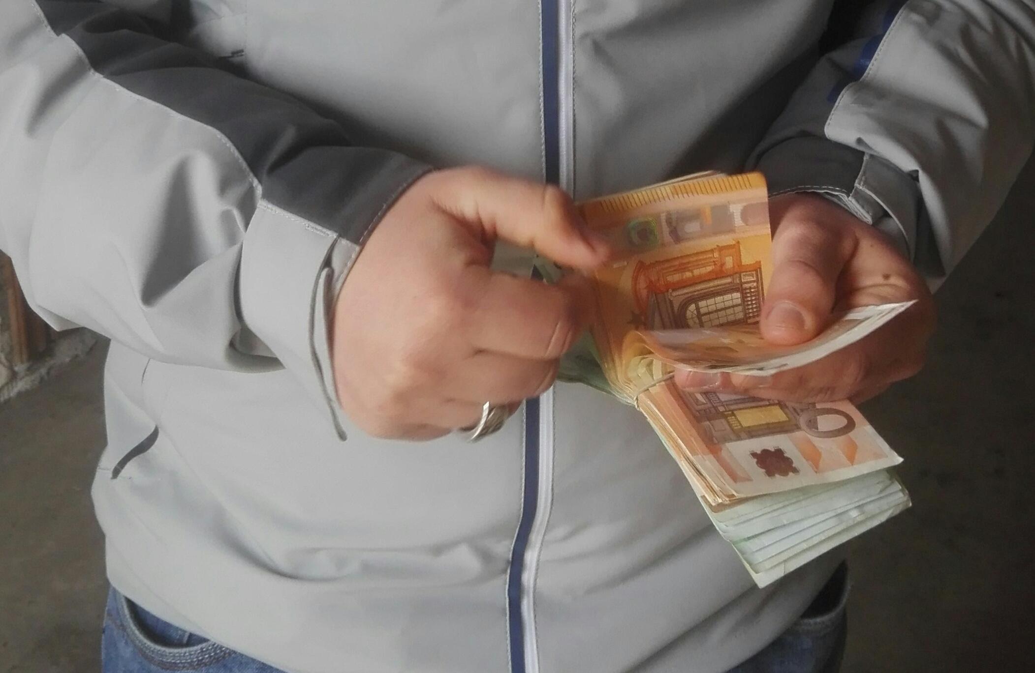 Redditi annui in leggero aumento. Nelle Isole la media è 16.660 euro