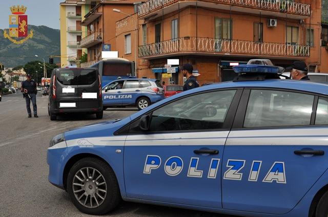 Permessi di soggiorno negati, la Polizia notifica sei ...